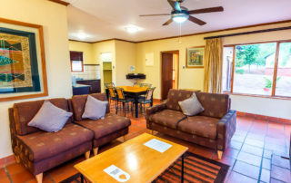 places to stay in white river
